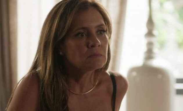 Adriana Esteves é Laureta (Foto: TV Globo)