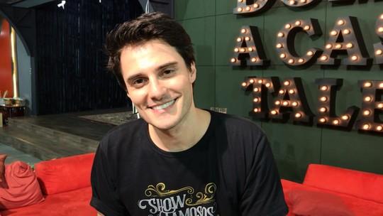 Hugo Bonemer sobre ensaios com o namorado para o 'Show dos Famosos': 'Ele não só treina comigo, como é um general'