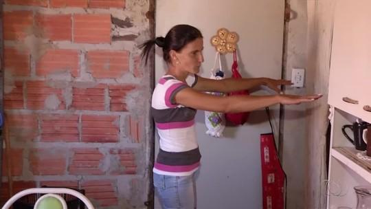 Família consegue reconstruir casa destruída por incêndio com doações de vizinhos