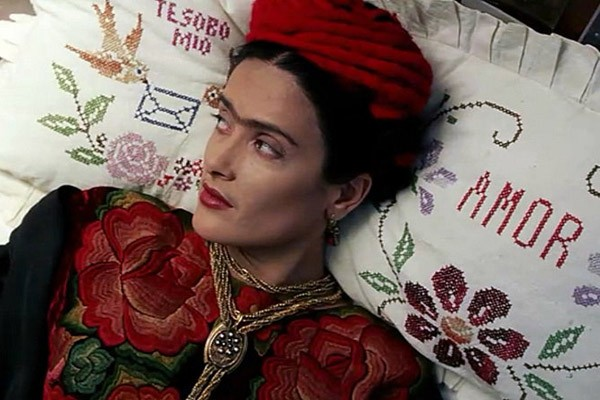Salma Hayek played, and was the life of the Mexican painter Frida Kahlo in the movie from 2002, shows some of his problematic personal life, along with his creations (photo: Handout)