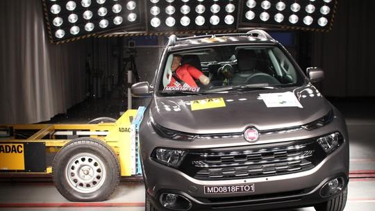 Fiat Toro fica com 4 estrelas em teste de colisão