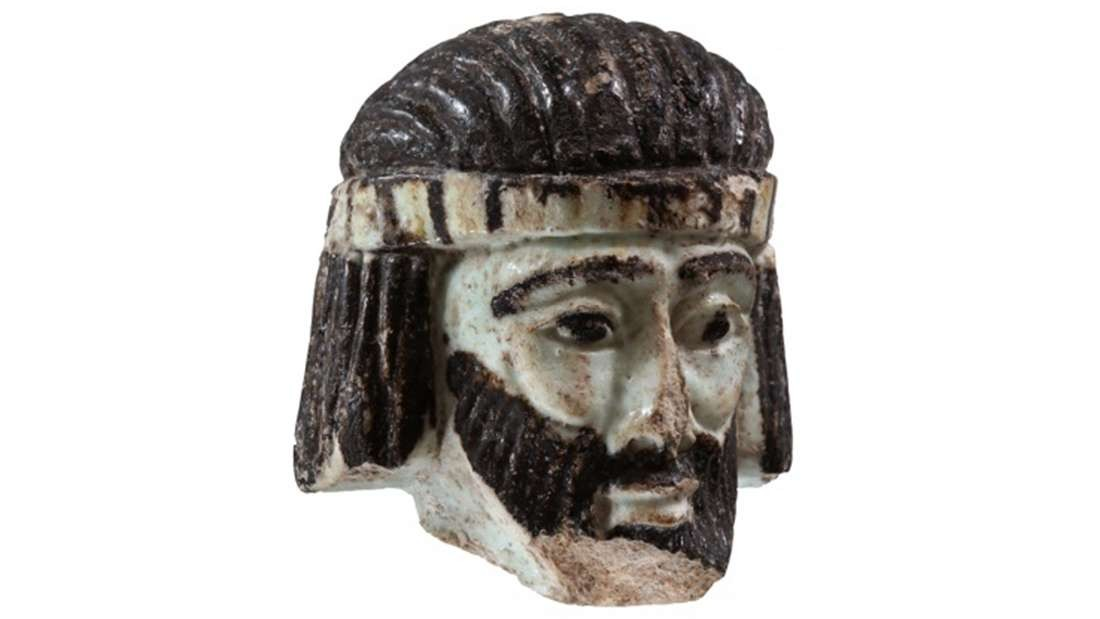 Escultura foi encontrada em cidade na fronteira de três reinos (Foto: University of Jerusalem)