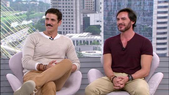 Reynaldo Gianecchini e Ricardo Tozzi se apresentam com a peça 'Os Guardas do Taj' em São Paulo
