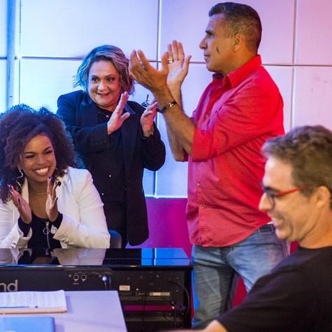 Jeniffer Nascimento, Fafy Siqueira e Eri Johnson no 'Popstar' (Foto: Paulo Belote/TV Globo)