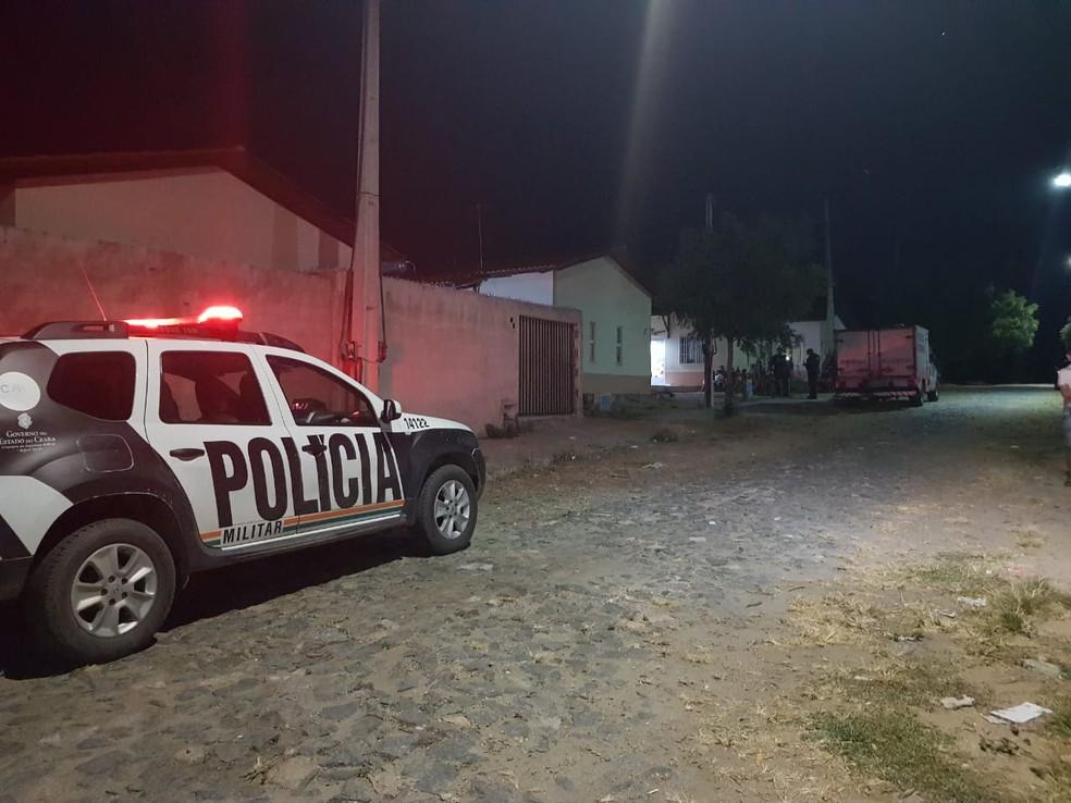 O triplo homicídio aconteceu em um conjunto conhecido como Babilônia, no Distrito de Amanari, em Maranguape, na Grande Fortaleza — Foto: Rafaela Duarte/SVM
