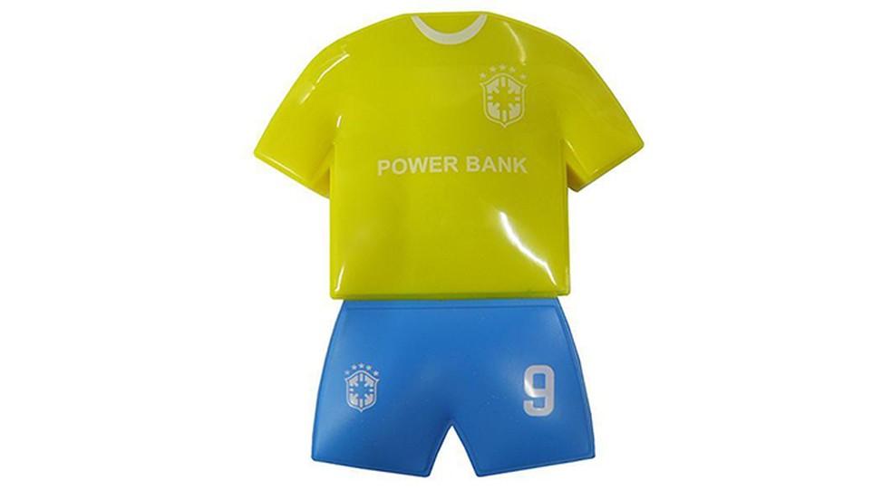 ... Carregador pode ter formato e cores do uniforme da Seleção (Foto   Reprodução Zoom 4dcebe3c62d45