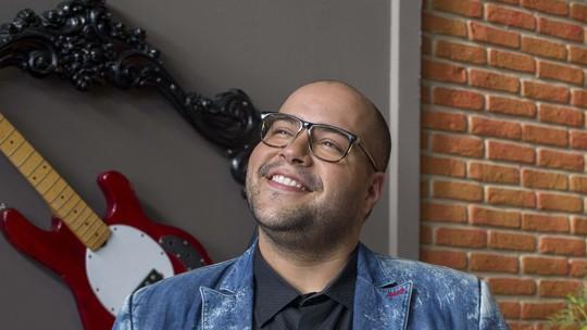 Tiago Abravanel, finalista do 'Show dos Famosos', fala de forma física: 'Me acho lindo e gostoso como sou'