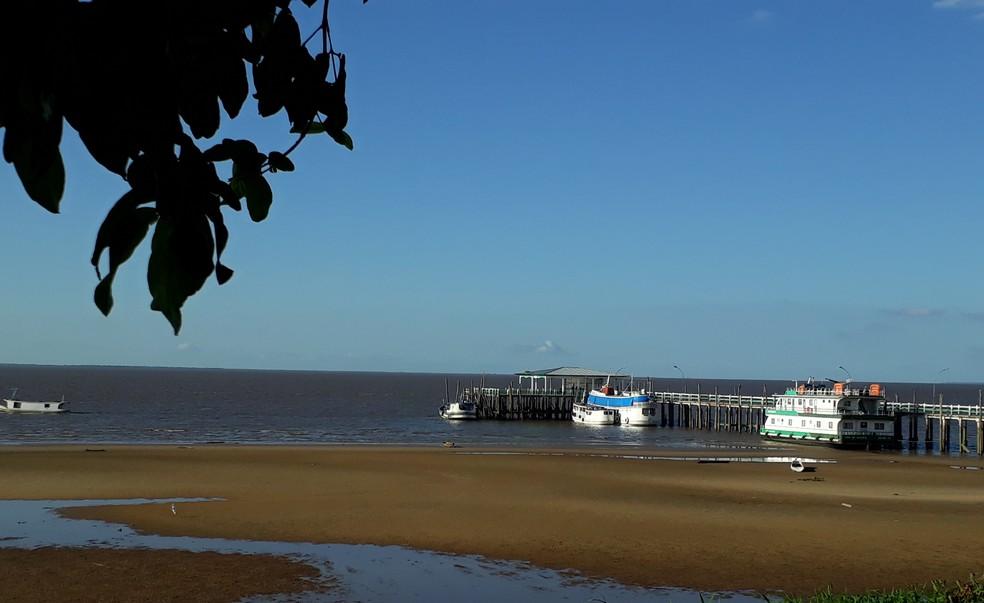 Praia de Chaves banhada pelas águas do Rio Amazonas.  — Foto: Aldirene Gama