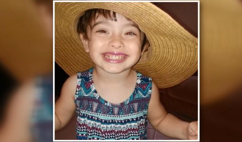 Menina de 2 anos sofre de doença degenerativa em Conceição dos Ouros (Foto: Reprodução EPTV)