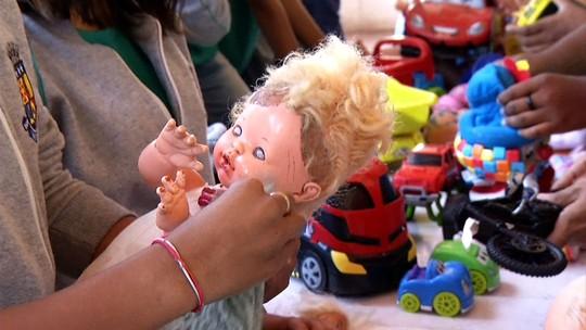 Rovany Araújo visitou o Hospital de Brinquedos de Mendes