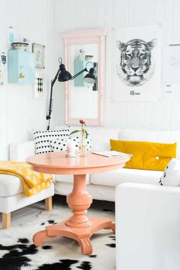 Paleta millennial: 12 salas pequenas com tons pastel