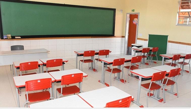 Justiça suspende volta às aulas presenciais em duas escolas municipais de São Carlos