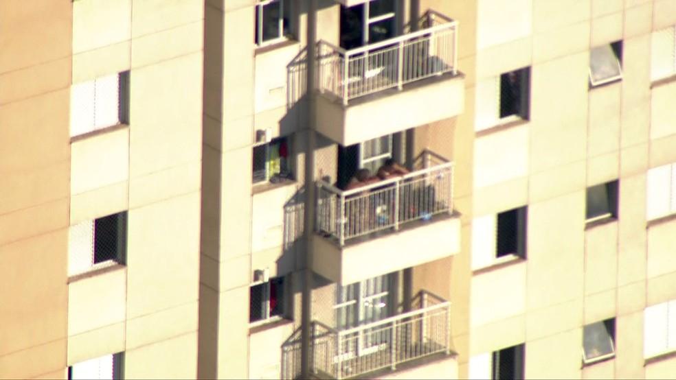 PM matou esposa e se suicidou em apartamento no Taboão da Serra (Foto: Reprodução/TV Globo)