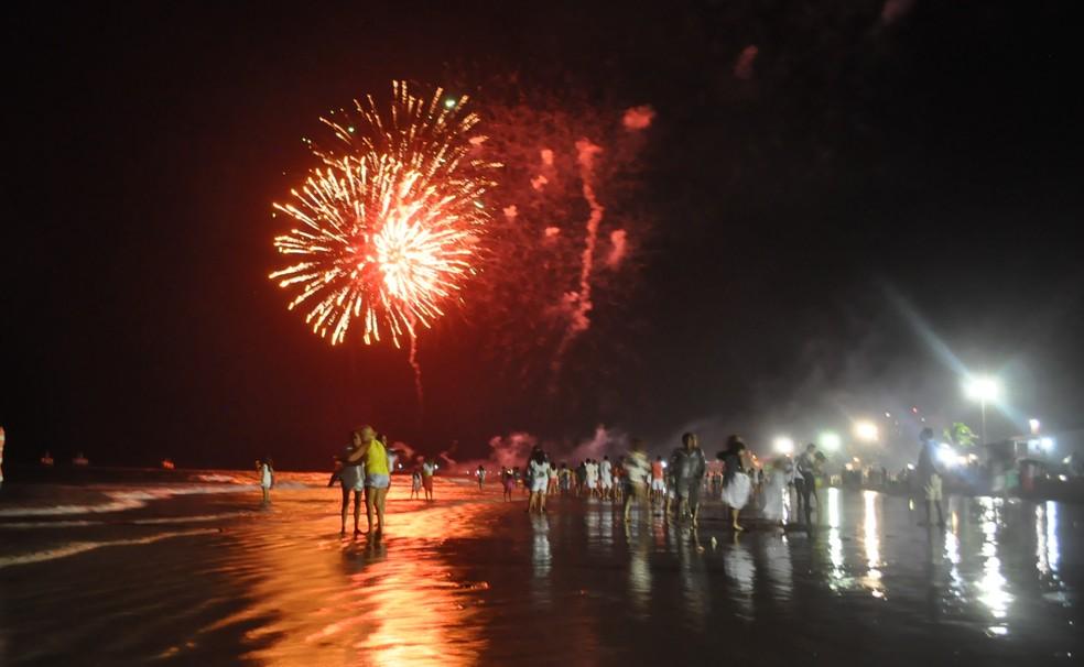 Shows pirotécnicos estão mantidos na virada de ano de Pirangi, na Grande Natal (Foto: arquivo/2016) (Foto: Divulgação/Prefeitura de Parnamirim)