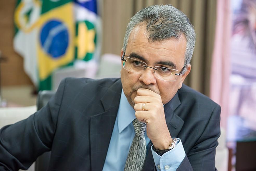 Paulo Taques deixou o Centro de Custódia de Cuiabá após passar uma semana preso (Foto: José Medeiros/ Gcom-MT)