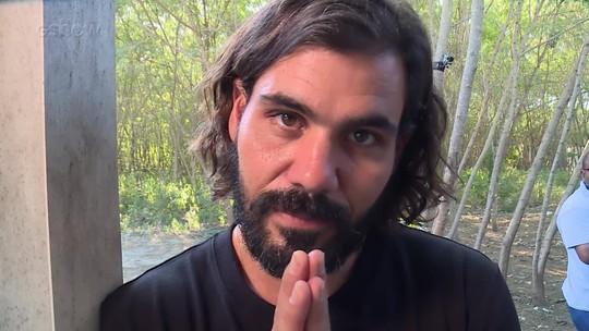 Juliano Cazarré faz homenagem a ator de 'O Outro Lado' que faleceu