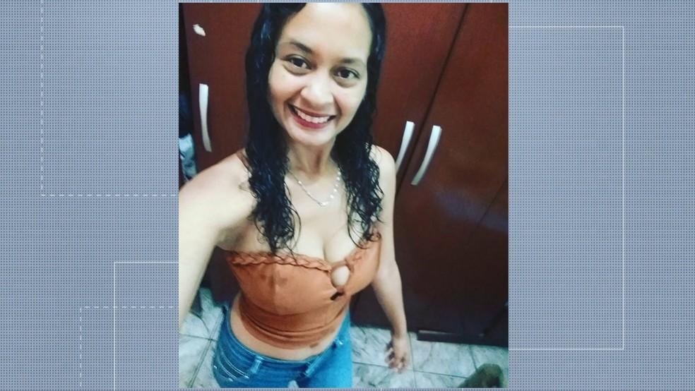 Mayara de Oliveira Freitas foi morta na frente da filha de 4 anos em Cariacica, ES — Foto: Reprodução/TV Gazeta