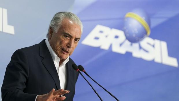 O presidente Michel Temer anuncia redução no preço do óleo diesel (Foto: Marcelo Camargo/Agência Brasi)