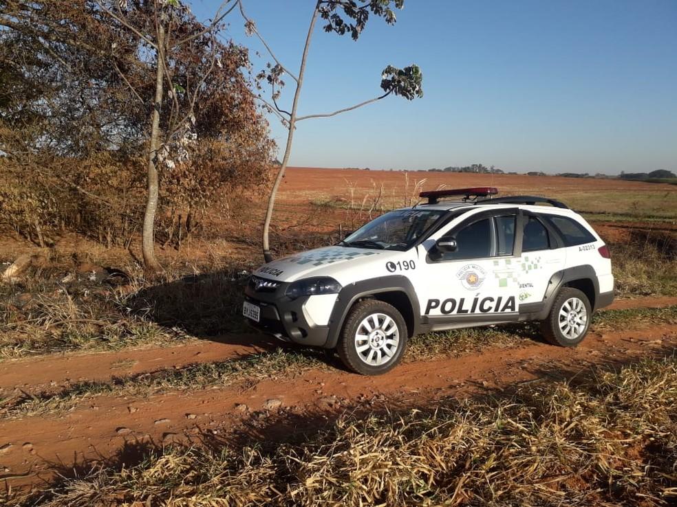 Fiscalização compareceu ao local para verificar foco de incêndio apontado por satélite — Foto: Polícia Militar Ambiental