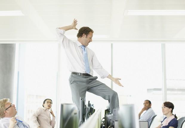 Trabalho, dançando no trabalho (Foto: Paul Bradbury // Getty Images)