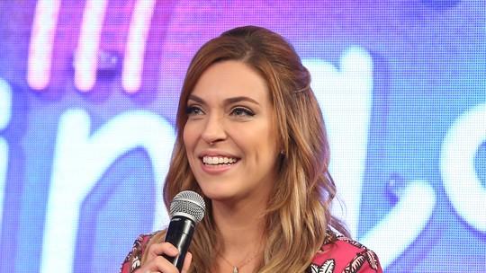 Júlia Rabello comenta o título de 'rainha' do 'Ding Dong'