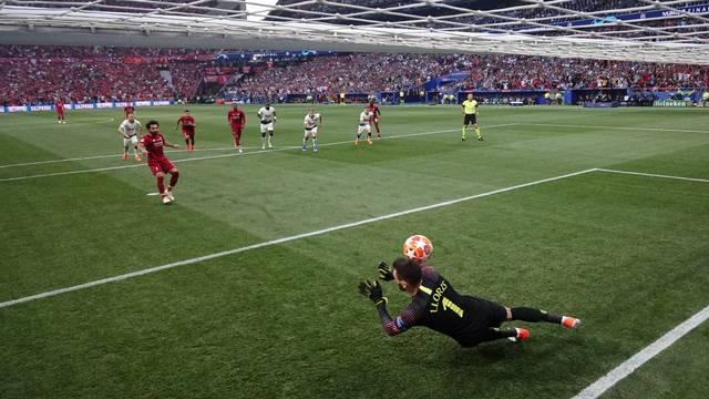 Lloris Salah pênalti Liverpool Tottenham