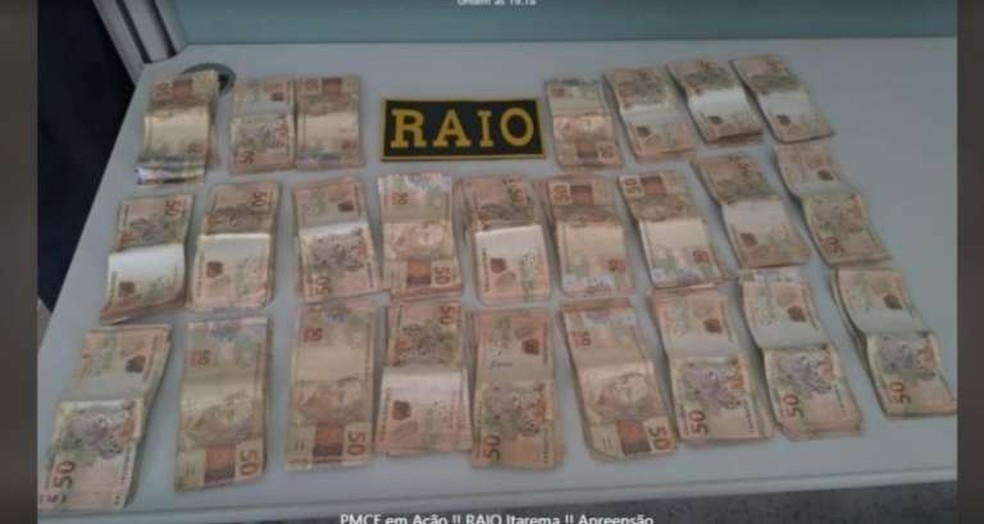 Polícia investiga se o dinheiro tem relação com a comercialização de drogas na zona rural de Itarema — Foto: SSPDS/Divulgação