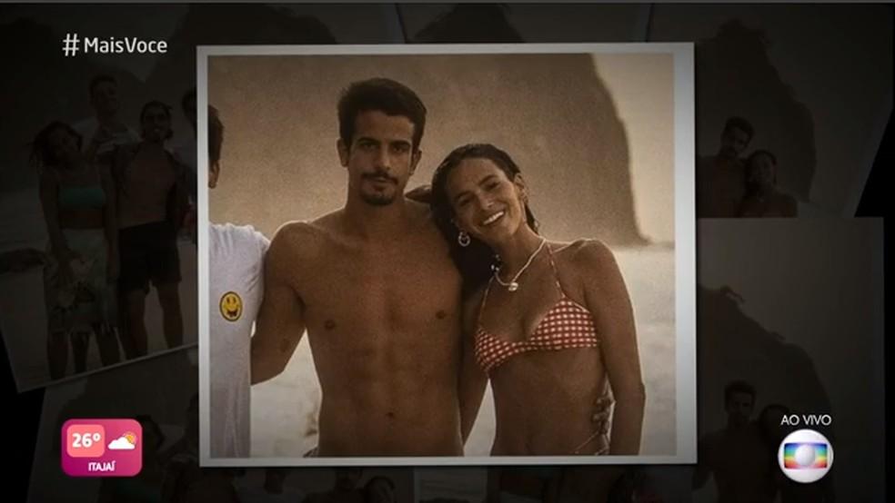 Enzo Celulari e Bruna Marquezine estão vivendo um romance — Foto: TV Globo