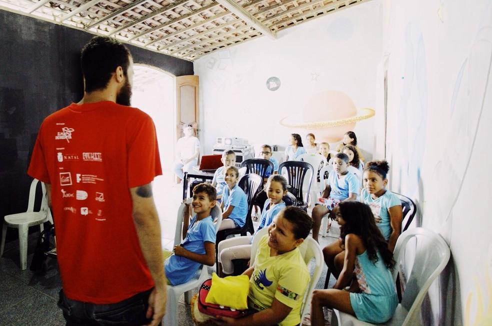 Crianças carentes participam do projeto Goiamum Abrace em Natal  (Foto: Rudá de Melo )