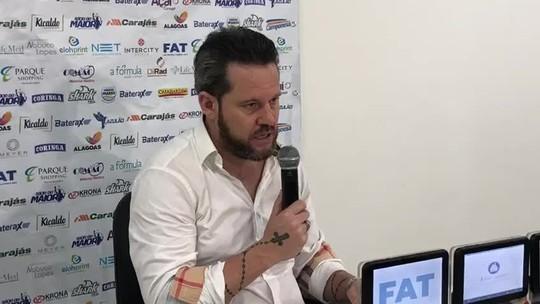 Após derrota para o Athletico, Argel diz quem pode fazer papel de meia no CSA; vídeo