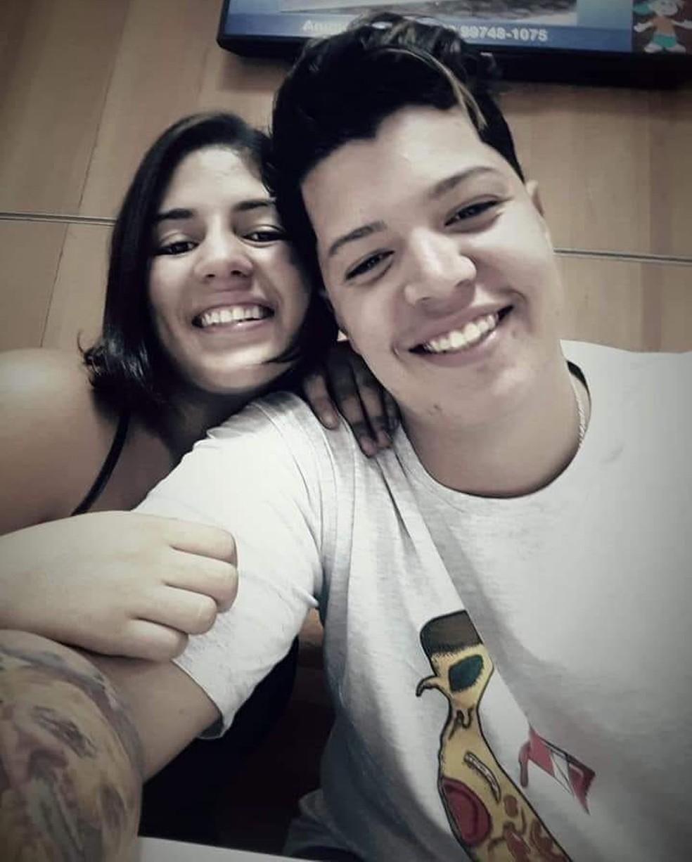 Casal foi morto neste domingo em Macaé, no RJ — Foto: Reprodução/Facebook