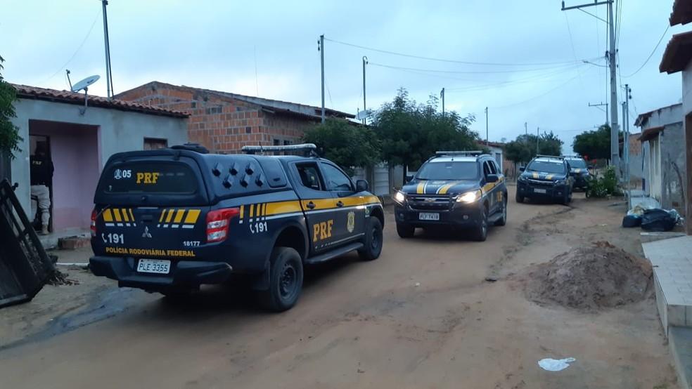 Operação cumpre mandados de prisão, busca e apreensão no norte da BA contra o tráfico de drogas. — Foto: MP-BA / Divulgação