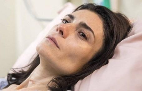 Na quinta (19), Leila (Arieta Corrêa), mulher de Magno (Juliano Cazarré), vai acordar do coma Reprodução