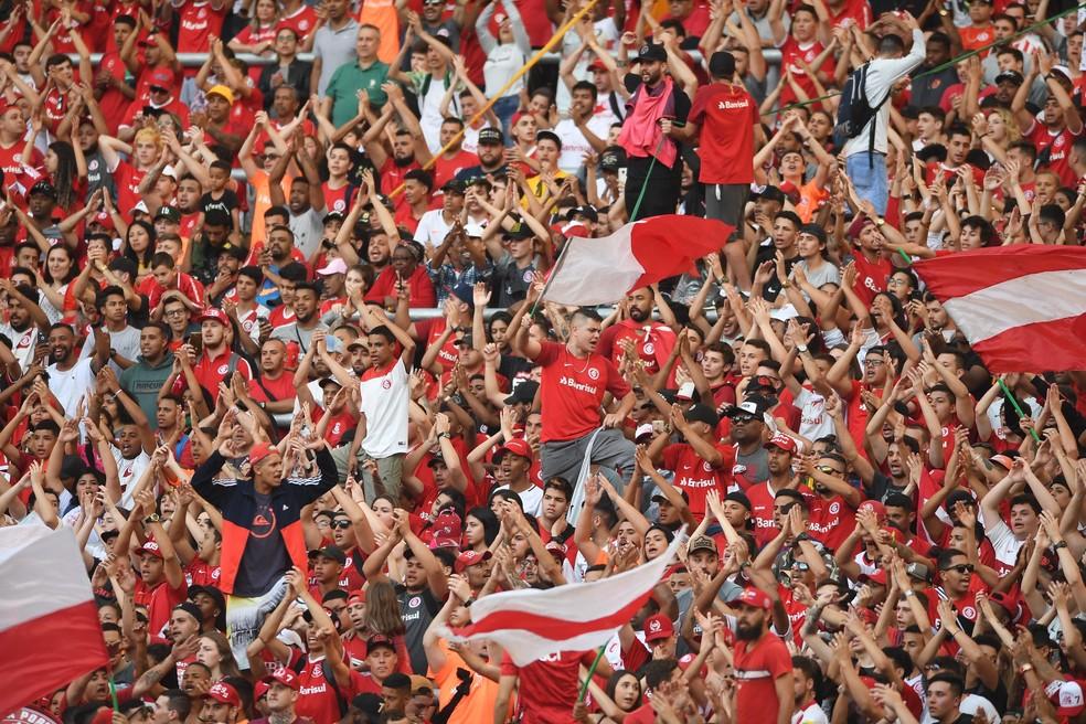 Torcida do Inter busca empurrar time contra a Chapecoense — Foto: Ricardo Duarte / Inter, DVG