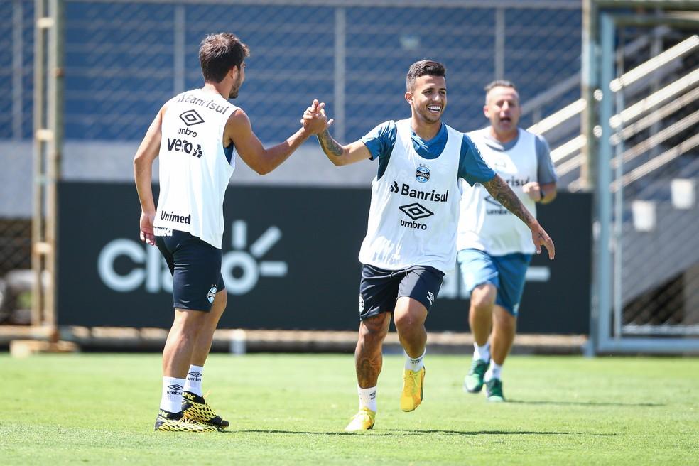 Lucas Silva e Matheus Henrique devem voltar a atuar juntos — Foto: Lucas Uebel / Grêmio FBPA