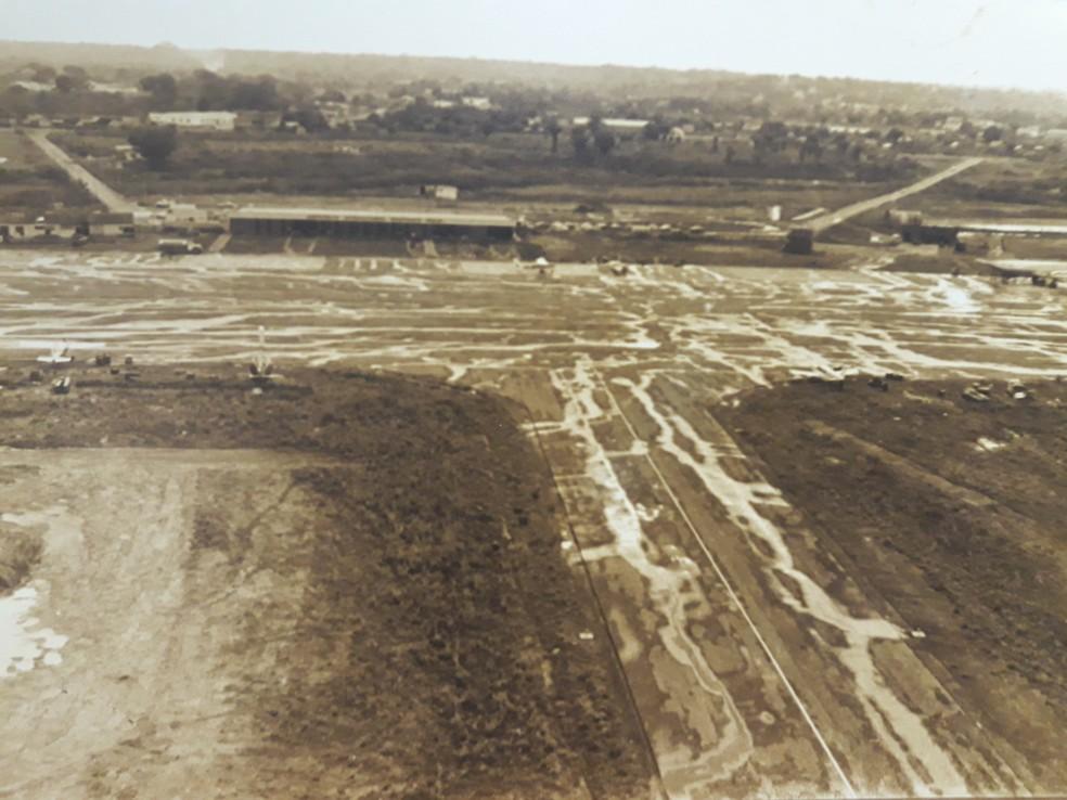 Aeroporto Presidente Médici foi construído por volta de 1964 e operou até dia 16 de novembro de 1999 — Foto: Américo de Mello/Arquivo pessoal