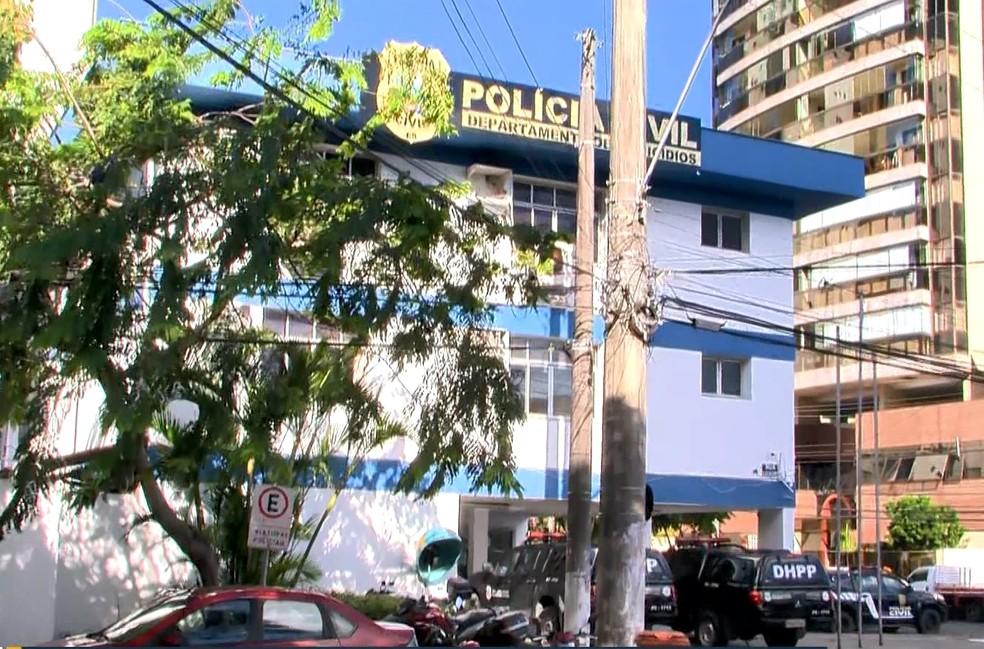 Delegacia da Polícia Civil funciona 24 horas por dia — Foto: Reprodução/ TV Gazeta