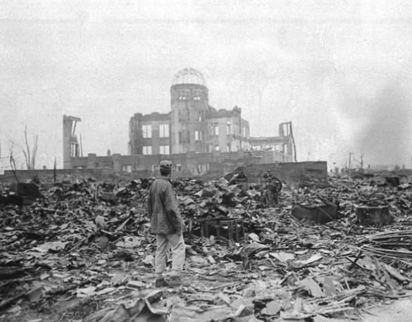 Ruínas deixadas pela bomba de Hiroshima, em setembro de 1945