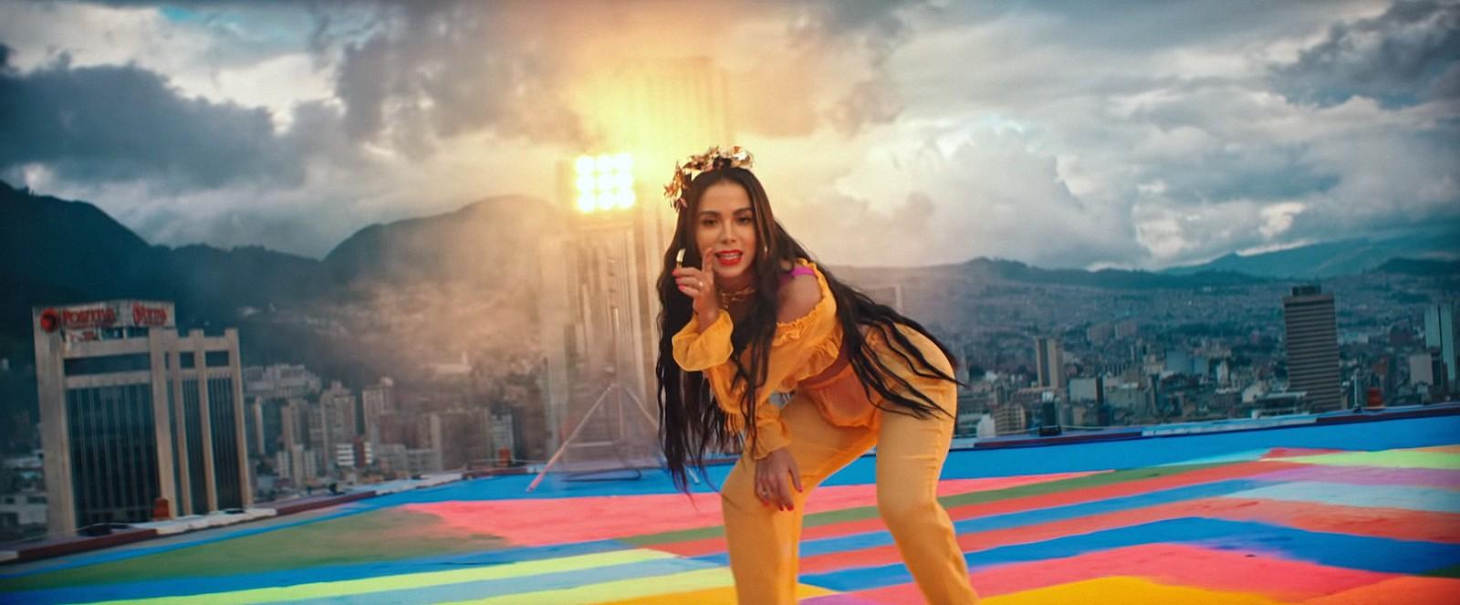 Anitta lança Medicina  (Foto: Reprodução/ YouTube)