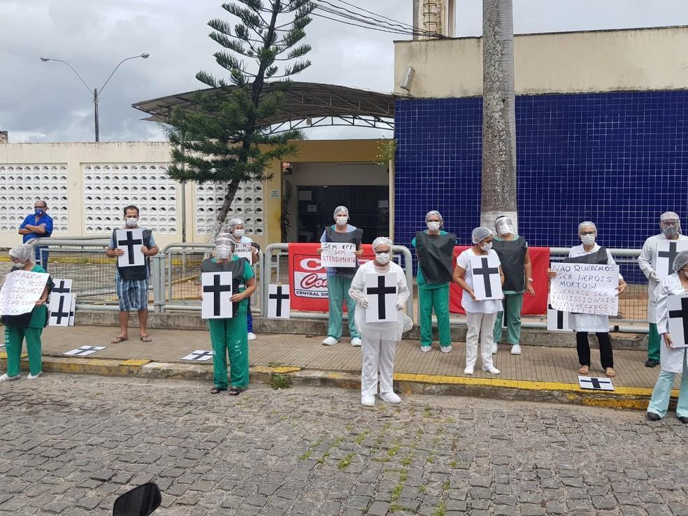 Protesto dos servidores da saúde em Natal — Foto: Luiz Gustavo Ribeira/Inter TV Cabugi