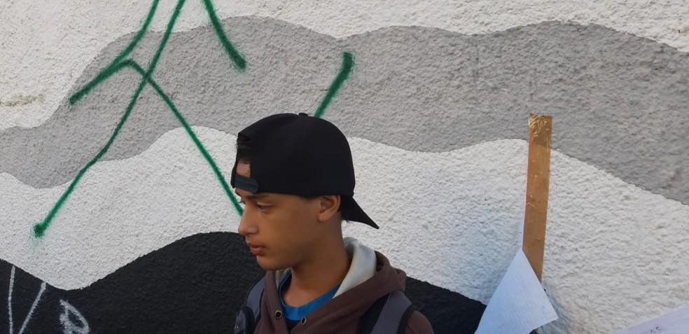 Fladison quer esquecer os momentos de terror que viveu na Raul Brasil — Foto: Maiara Barbosa/G1