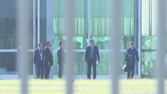 Bolsonaro vetará trechos do projeto sobre abuso de autoridade, diz porta-voz