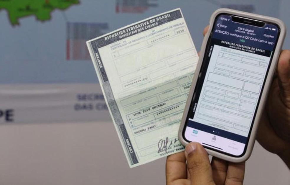 CRLV físico e digital — Foto: Divulgação/Detran-RR