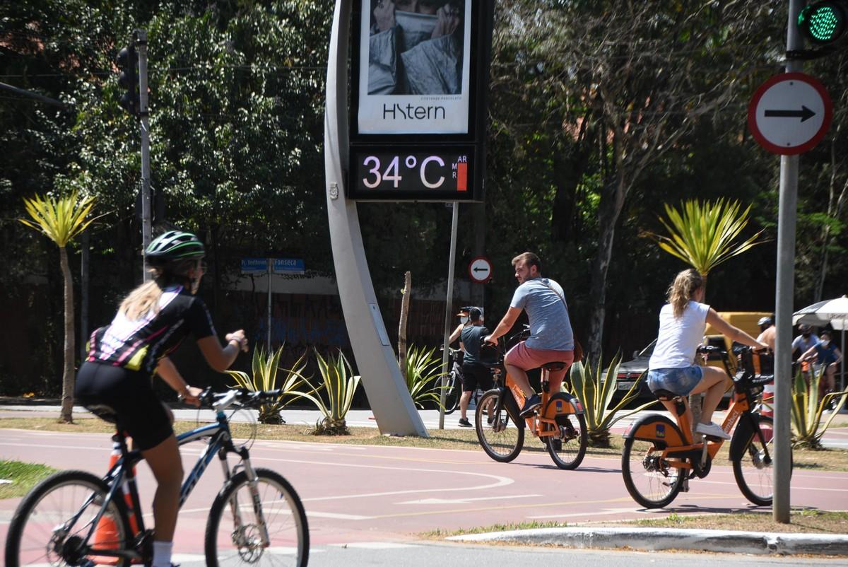 Calor continua durante a semana em SP e temperatura pode bater novo recorde com 35ºC; veja previsão do tempo