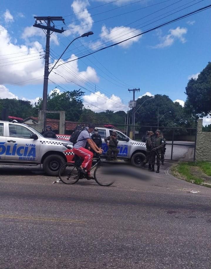 Casal tenta assaltar e motorista armado reage em Belém