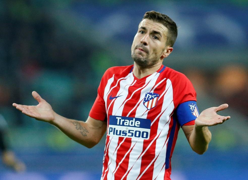 Gabi não entende tropeço do Atlético de Madrid diante do Qarabag com um jogador a mais (Foto: Reuters)