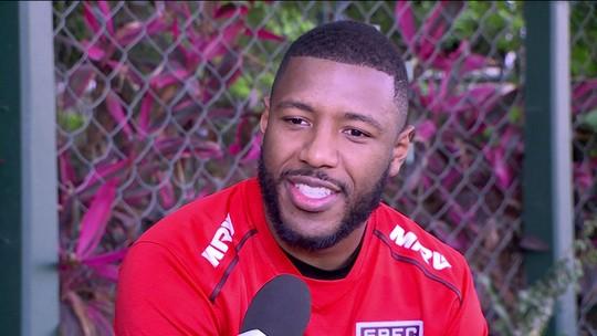 """Jucilei diz que invencibilidade dá confiança e que São Paulo """"pretende ficar mais jogos sem perder"""""""