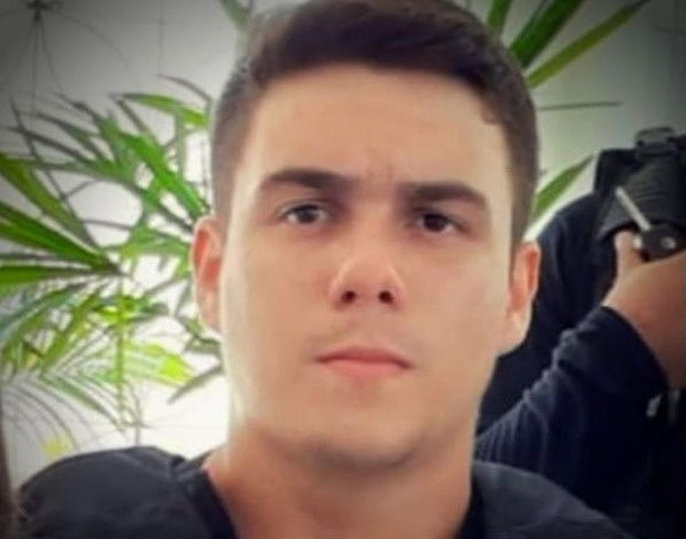 Paulo Vitor Passos Teixeira foi morto a tiros. — Foto: Reprodução