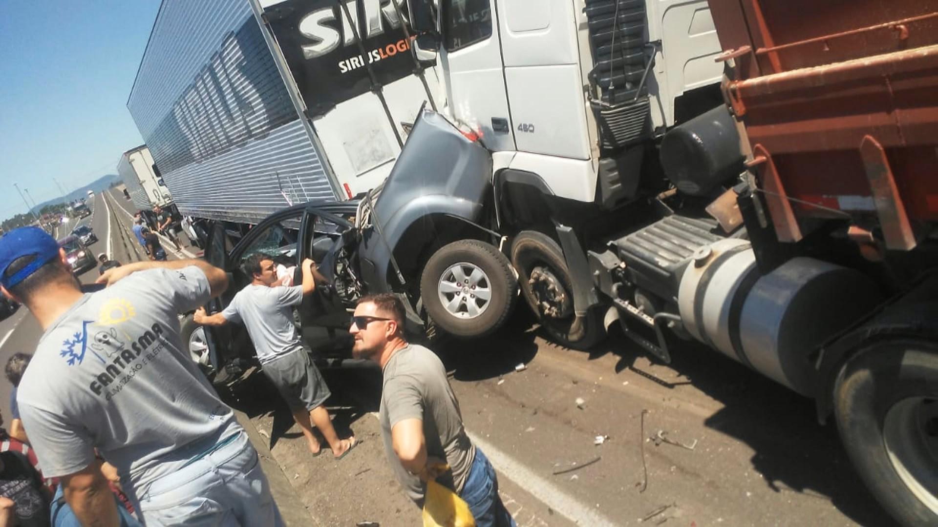 Prefeito de Arroio do Sal sofre acidente  na BR-101; estado de saúde é estável, diz hospital