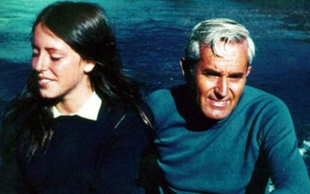 Michelle e o pai, Alberto, em passeio — Foto: Arquivo pessoal